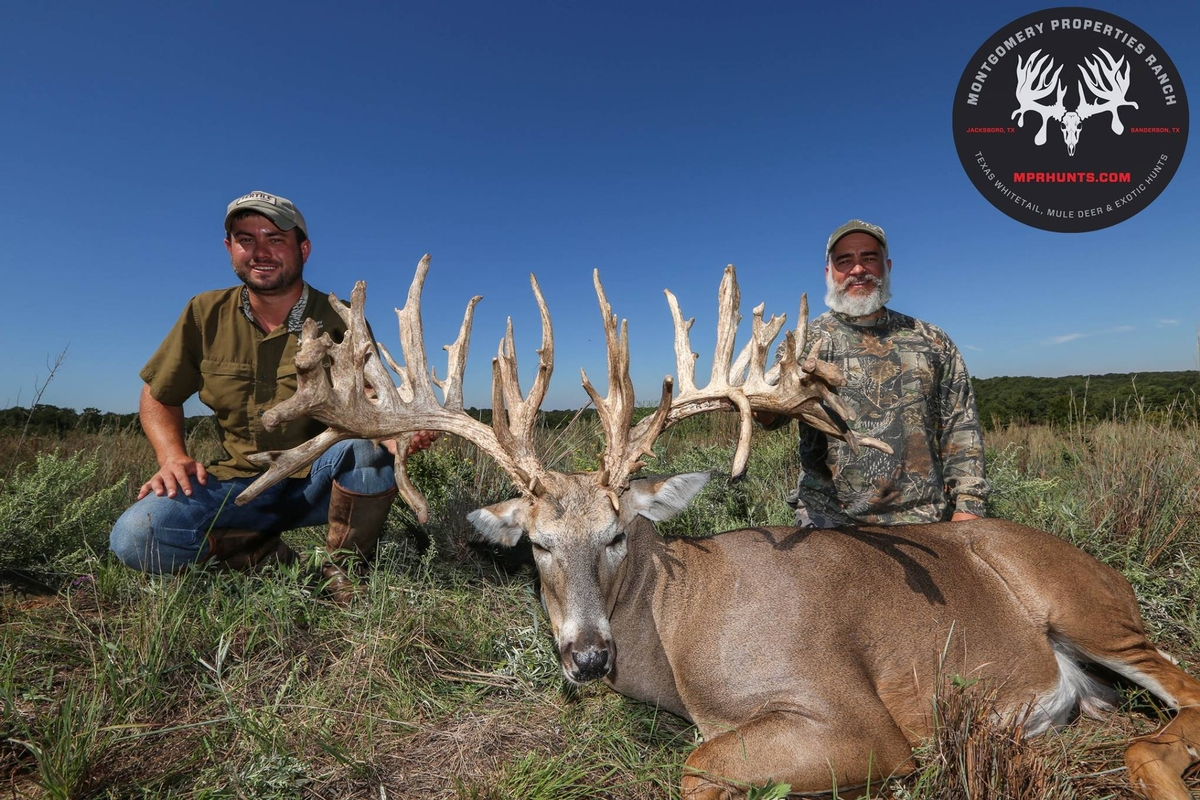 Trophy Texas Whitetail Hunting
